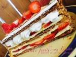 いちごのお菓子とキャラメルのロールケーキ、ショコラもご紹介します