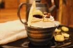マロンと組み合わせたほうじ茶スイーツと、ネクタリンのタルトオリ