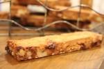 大豆を用いたグルテンフリーのクッキーは、卵と小麦粉不使用のオーガニック食材にこだわったヘルシー志向