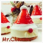 クリスマスに欠かせないサンタさん、濃厚なパウンドケーキ
